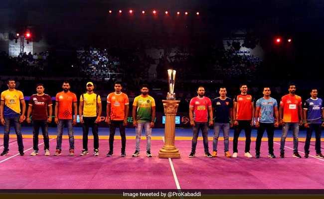 प्रो कबड्डी लीग : रोमांचक मैच में दिल्ली ने थलाइवाज को हराया