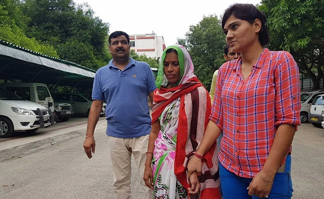 Woman Arms Smuggler Arrested With 14 Pistols In Delhi, Say Police
