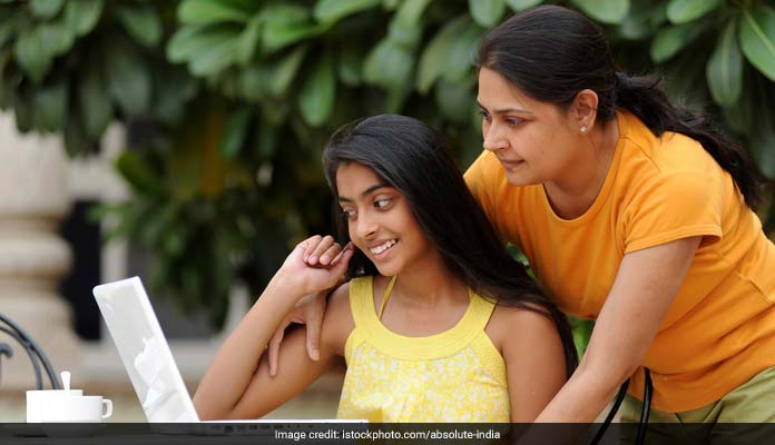 World Population Day 2017: Tips On How And What To Talk To Your Teens About Sex