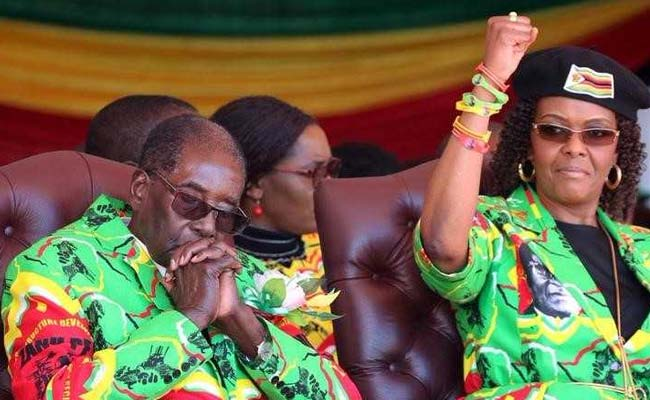 Wife of Zimbabwe leader says Mugabe should name successor