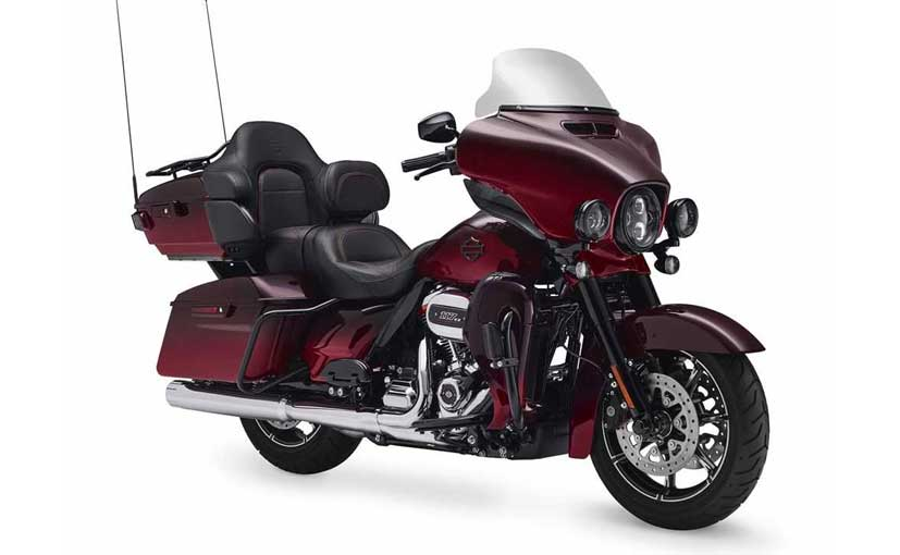 harley davidson introduces four new cvo models for 2018 ndtv carandbike. Black Bedroom Furniture Sets. Home Design Ideas