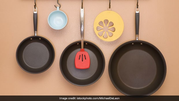 7 Non-Stick Cookware Set To Give You A Smooth Cooking Experience