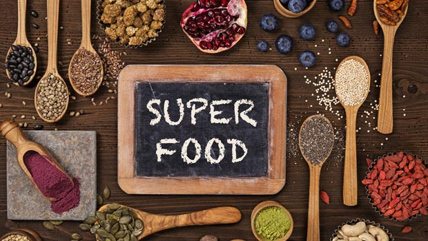 5 Delicious Ways to Add Superfoods to Your Snacks
