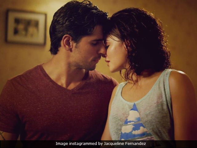 A Gentleman Preview: Is Sidharth Malhotra And Jacqueline Fernandez's Film Risky Or Romantic?