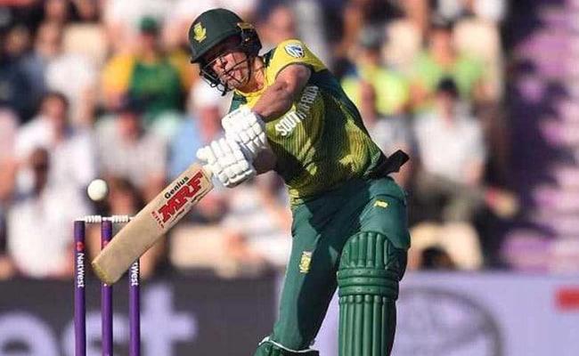 एबी डिविलियर्स ने दक्षिण अफ्रीका की वनडे टीम की कप्तानी छोड़ी