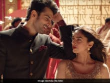 Sanjay Dutt's <i>Bhoomi</i>: <i>Will You Marry Me</i>, Aditi Rao Hydari Is Asked In New Song