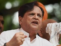 Ahmed Patel Writes To PM Modi On Gir Lion Deaths, Blames State Government