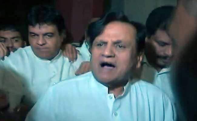 गुजरात राज्यसभा चुनाव : आधी रात तक चले शह और मात के खेल में जब ये 2 मोहरे बने 'वजीर'