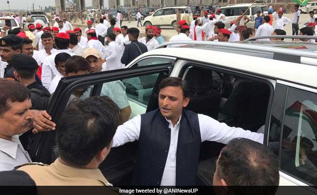 मुलायम सिंह यादव की प्रेस कॉन्फ्रेंस से खुश अखिलेश यादव का ट्वीट- नेताजी जिंदाबाद, समाजवादी पार्टी जिंदाबाद