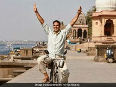 <i>Padman</i> First Look: Save This Date, Revealed By Twinkle Khanna And Akshay Kumar