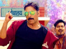 Akshay Kumar's <I>Toilet</i> Helps Box Office Constipation, Tweets Twinkle Khanna