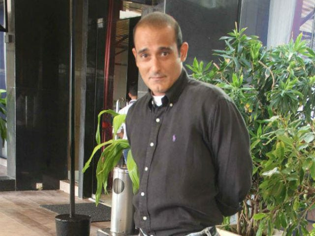 Akshaye Khanna On Portraying Father Vinod Khanna Onscreen: Not An Option