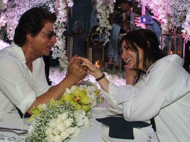 Shah Rukh Khan Thinks Anushka Sharma Is Like Sejal. She Disagrees