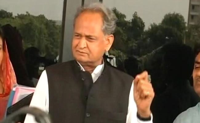 Amit Shah Should Apologise For 'Hold By Collar' Remark, Says Ashok Gehlot