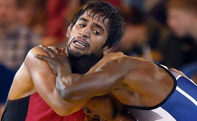 एशियन रेसलिंग चैंपियनशिप में बजरंग पूनिया और विनोद कुमार ने जीते कांस्य पदक..