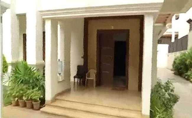 कर्नाटक: IT छापेमारी में मंत्री डीके शिवकुमार के घर से 7.5 करोड़ बरामद