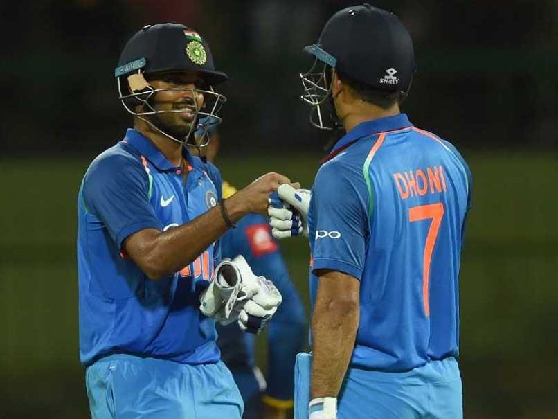 MS Dhoni's Advice To Bhuvneshwar Kumar: Bat Like You Do In Test Matches