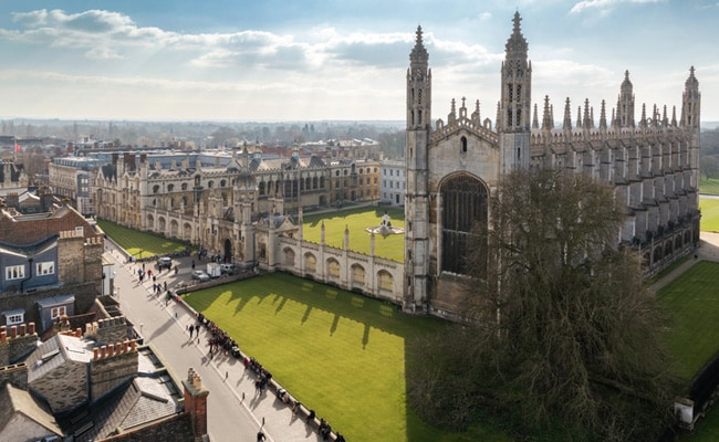 Cambridge University To 'Decolonise' English Literature Curriculum