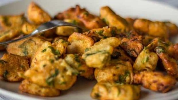 Tamil Nadu's Crispy Cashew Pakoda is the Perfect Evening Snack During Monsoon