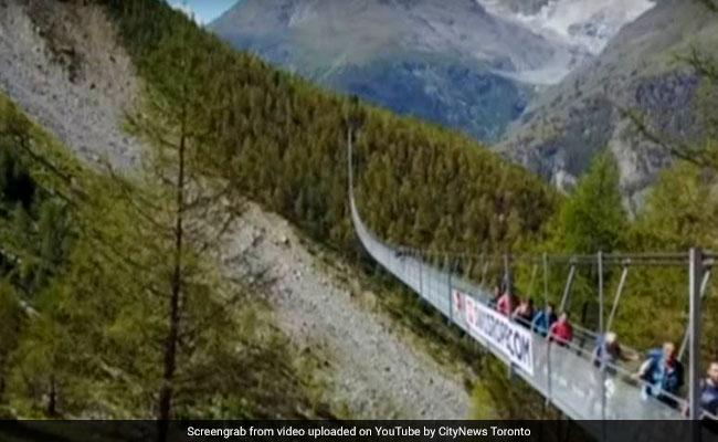 World's Longest Suspension Footbridge, Built In Just 10 Weeks