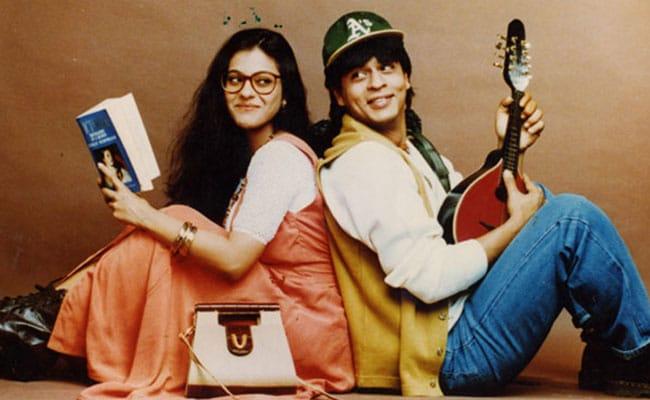 'दिलवाले दुल्हनिया ले जाएंगे' ने मराठा मंदिर में किए पूरे 1200 हफ्ते, SRK-काजोल ने किए ये ट्वीट