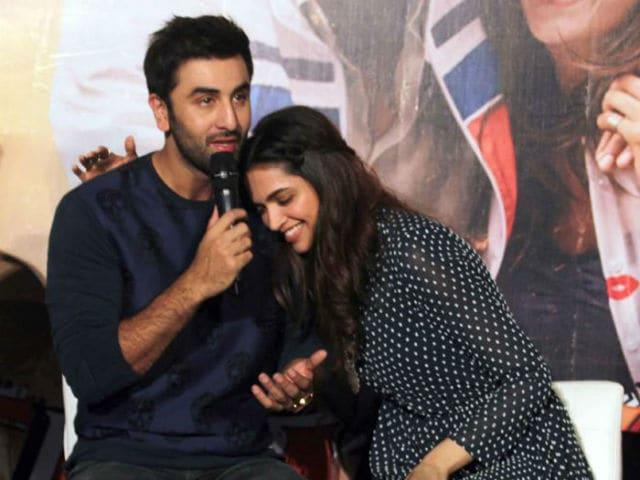 Ranbir kapoor and deepika padukone dating
