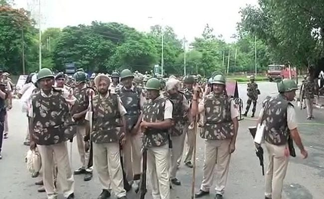 Dera Followers Begin To Vacate Sect Headquarters In Sirsa