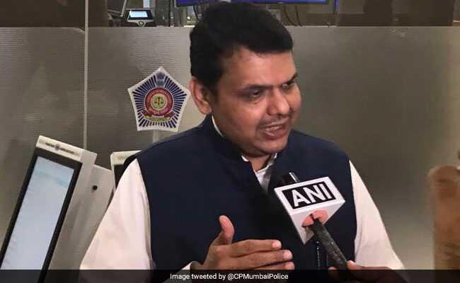 BJP Leaders Meet Devendra Fadnavis, Seek Action Against MNS For Beating Up Hawkers