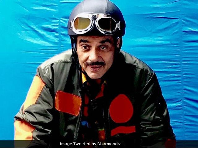 Dharmendra Joins Twitter, Shares Update About Yamla Pagla Deewana 3