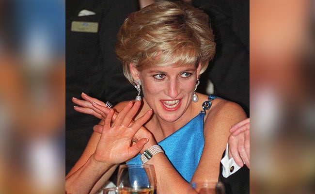 Princes William, Harry mark anniversary of Diana's death