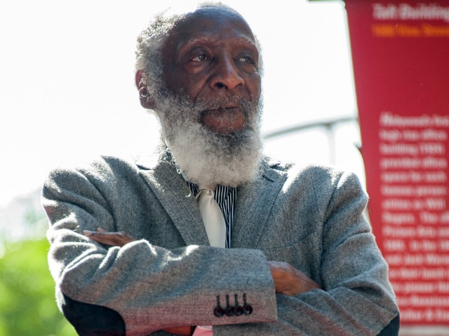 Dick Gregory, Stand-Up Comedian And Activist, Dies At 84