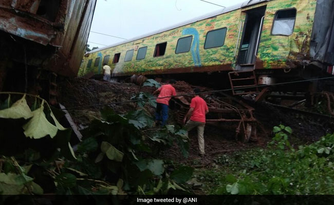 Duronto Derailment: Drivers Say Yoga Helped Them Keep Calm