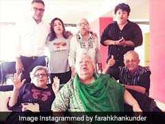 Navroz Mubarak: फराह खान ने 50 के दशक की एक्ट्रेस के साथ मनाया नवरोज का जश्न