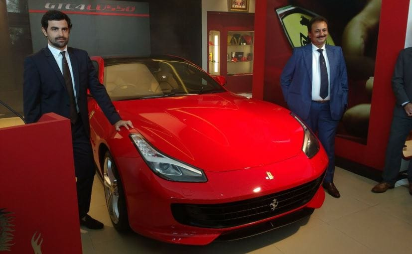 Ferrari Gtc4lusso And Gtc4lusso T Launched In India Price Starts At Rs 4 20 Crore