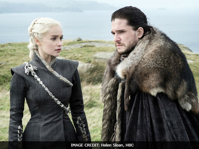 Game Of Thrones: A Jon Snow And Daenerys Romance - Disgusting? Awesome? Disgustingly Awesome?