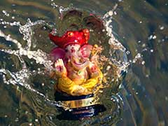 Ganpati Visarjan: Devotees Bid Adieu To Lord Ganesh In Hyderabad