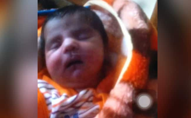 Parents Who Lost Newborn In Gorakhpur Hospital Contradict UP Government Claims