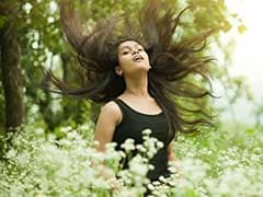 7 Kitchen Ingredients to Help Manage Dry and Frizzy Hair This Monsoon