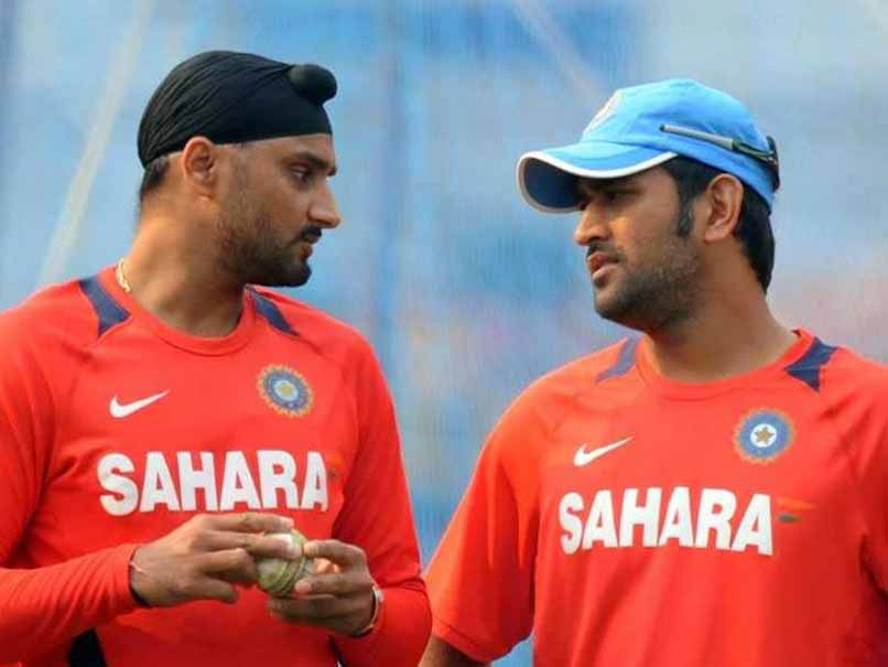 MS Dhoni, Harbhajan Singh Face Flak On Twitter In Controversy Surrounding Real Estate Firm