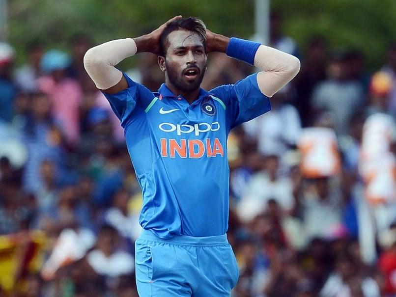 Hardik Pandya Tweets Parineeti Chopra. Focus On Cricket, Says Twitter