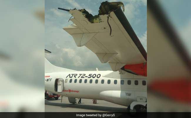 2 Passenger Planes Collide On Runway Wing Destroyed