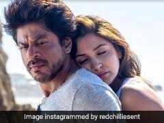 Movie Review: फिल्म के बहाने यूरोप का प्रमोशन है शाहरुख-अनुष्का की 'जब हैरी मेट सेजल'