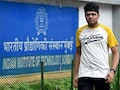 JEE Main Topper Kalpit Veerwal In Limca Book For 100 Per Cent Feat