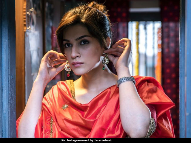 Bareilly Ki Barfi Box Office Collection Day 2: Kriti Sanon, Ayushmann Khurrana, Rajkummar Rao's Film Makes Rs 6.27 Crore