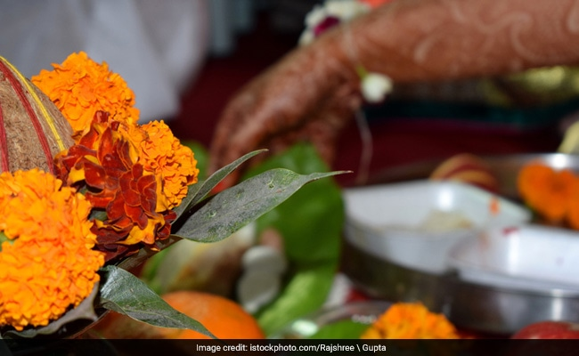 Sharad Purnima 2017: Laxmi Puja or Kojagiri Purnima Date(Tithi), Significance and Bhog Rituals