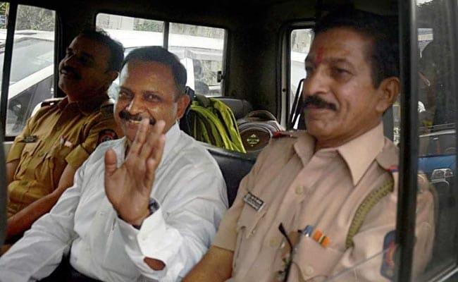 मालेगांव ब्लास्ट मामला : पुरोहित ने अपने ऊपर लगे UAPA को सुप्रीम कोर्ट में दी चुनौती