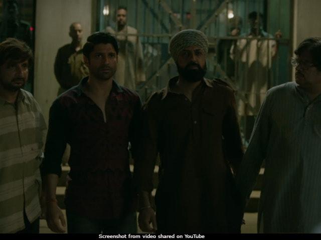 In Lucknow Central Song Teen Kabootar, Farhan Akhtar And Team Plan Their Escape