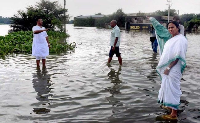 Mamata Banerjee Tours Rain-Hit North Bengal, BJP Calls Her Visit 'Flood Tourism'