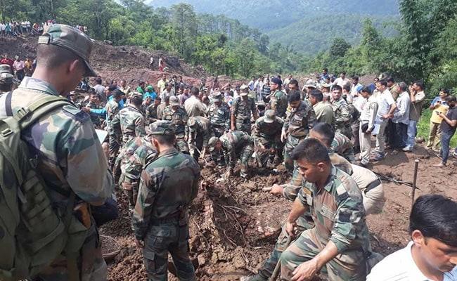 हिमाचल प्रदेश में भूस्खलन: 15 लोगों के शव निकाले गए, बचाव कार्य जारी