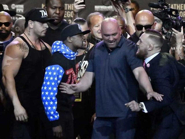 Highlights: Floyd Mayweather Knocks Out Conor McGregor to Win Superfight